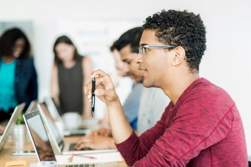 IT業界を別の切り口で、6種類に分類し解説