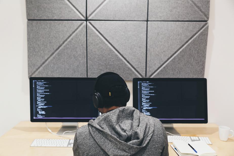 社内SEの仕事のつらい事6選|システムエンジニアと比較し解説