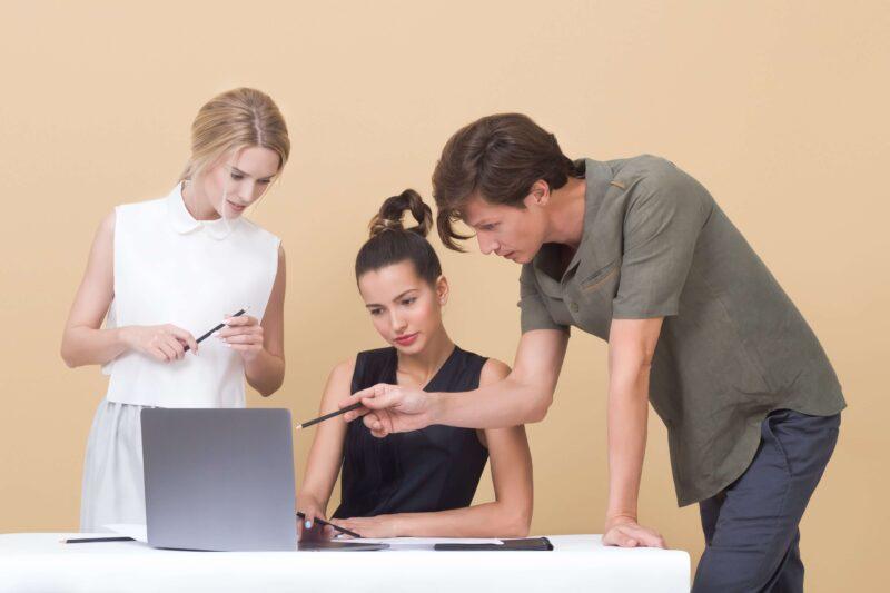 どうすれば魅力的な社内SE/情シスの仕事を見つけられるのか?